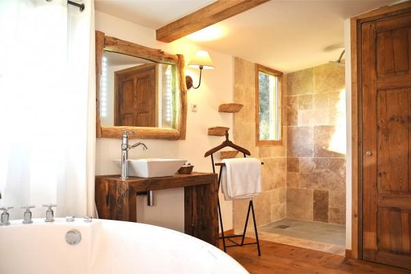 http://www.villa-vanille.com/wp-content/uploads/2015/04/villa_pynede_villa_vanille_chambre_dhote_de_charme_boisseron_herault-4-600x400.jpg