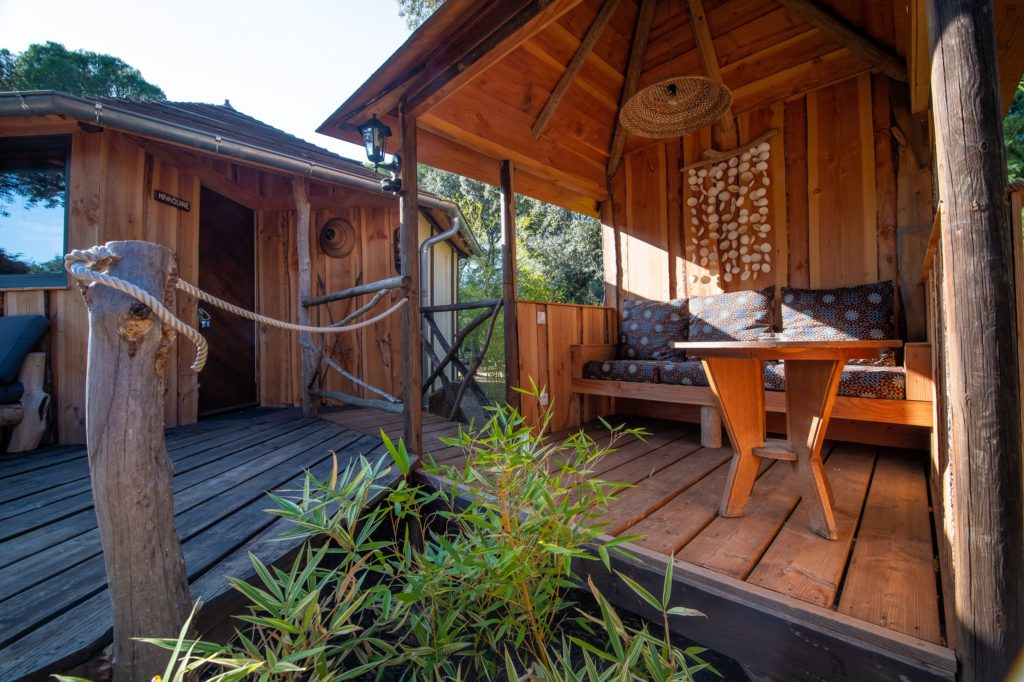 http://www.villa-vanille.com/wp-content/uploads/2018/11/villa_vanille_nivaquine_terrasse_chambre_dhote_de_charme_boisseron_herault-1024x682.jpg