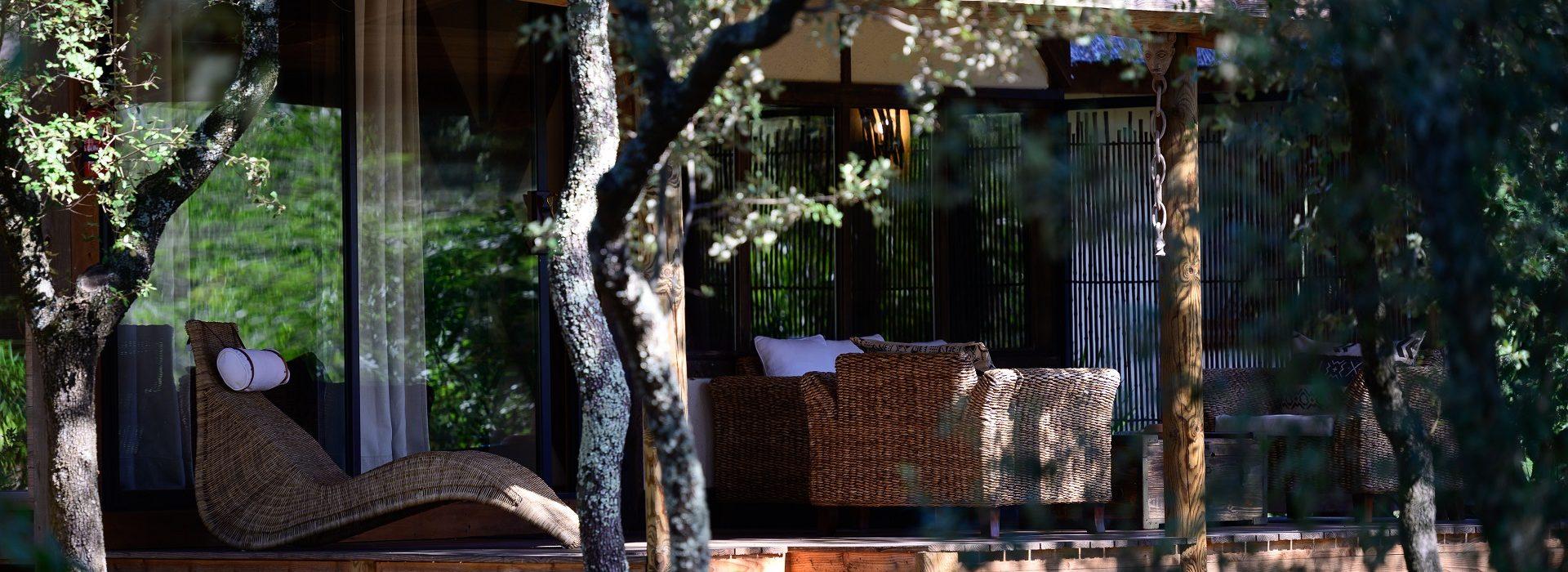 Lodge vue sur la savane afrique